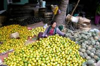 Start slide show: The Central Markets of Mandalay & Sagaing (Burma)