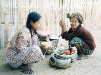 Start slide show: Faces of Burma