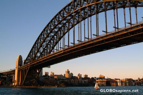 Sydney (AU) - the Harbour Bridge on sunset