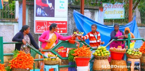 Mango and Carrot sellers in Ooty