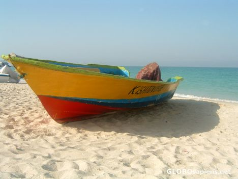 Diving boat on the beach