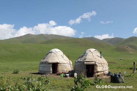 horseback towards Song-Kul