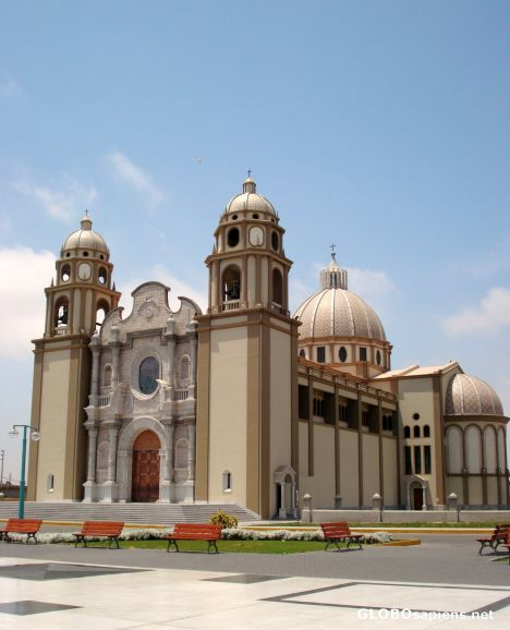 Catedral, of New Chimbote