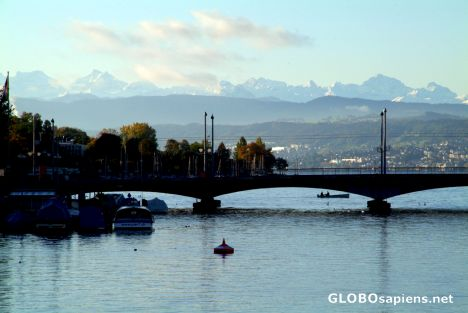Zurich - river by day - 4