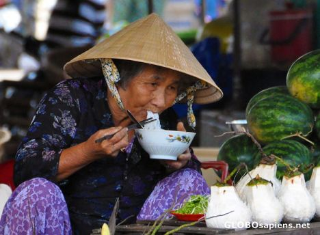 Lunch in Na Trang Market, Vietnam