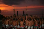 Kecak + Fire Dance Performance @ Uluwatu