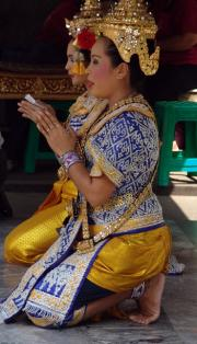 Thai Classical Dancers - Free Show at the Erawan Shrine