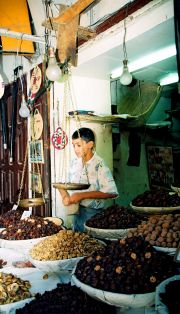Fruit, spice and nuts seller