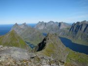 Can you imagine Lofoten landscapes all around you?