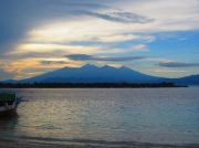 The mainland, with Mt. Rinjani, viewed from the harbour in Gili Trawangan