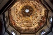 Firenze, the cathedral dome from below.