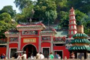 Popular Chinese temple