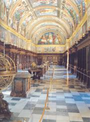 Interior of the Bibliotheca. Frescoes by Pellegrino Tibaldi