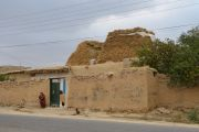 Maradegh to Takab, Farmhouse, Time to rest