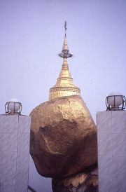 Kyaiktiyo, Golden Rock
