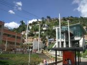 Metrocable, forms a very efficient public transport system together with the Metro de Medellín