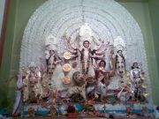 Clay idols of durga and festive offers in Mumbai