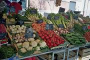 Typical shot of the wonderful fresh veggies in the Cours Saleya market