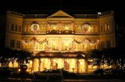 Raffles Hotel dolled up during Xmas.