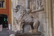 Guarding the cathedral, Modena